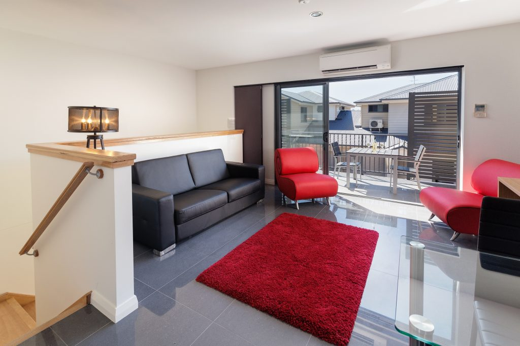 Cardiff Executive Apartments - https://www.newcastleapartments.com.au/wp-content/uploads/2019/01/I9A1237_HR-1024x682.jpg