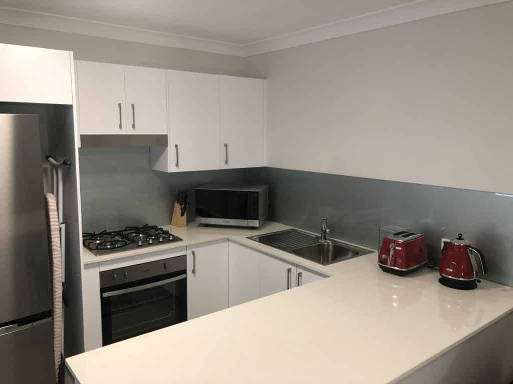 The William Apartments - https://www.newcastleapartments.com.au/wp-content/uploads/2019/01/benchtop-1024x768.jpg