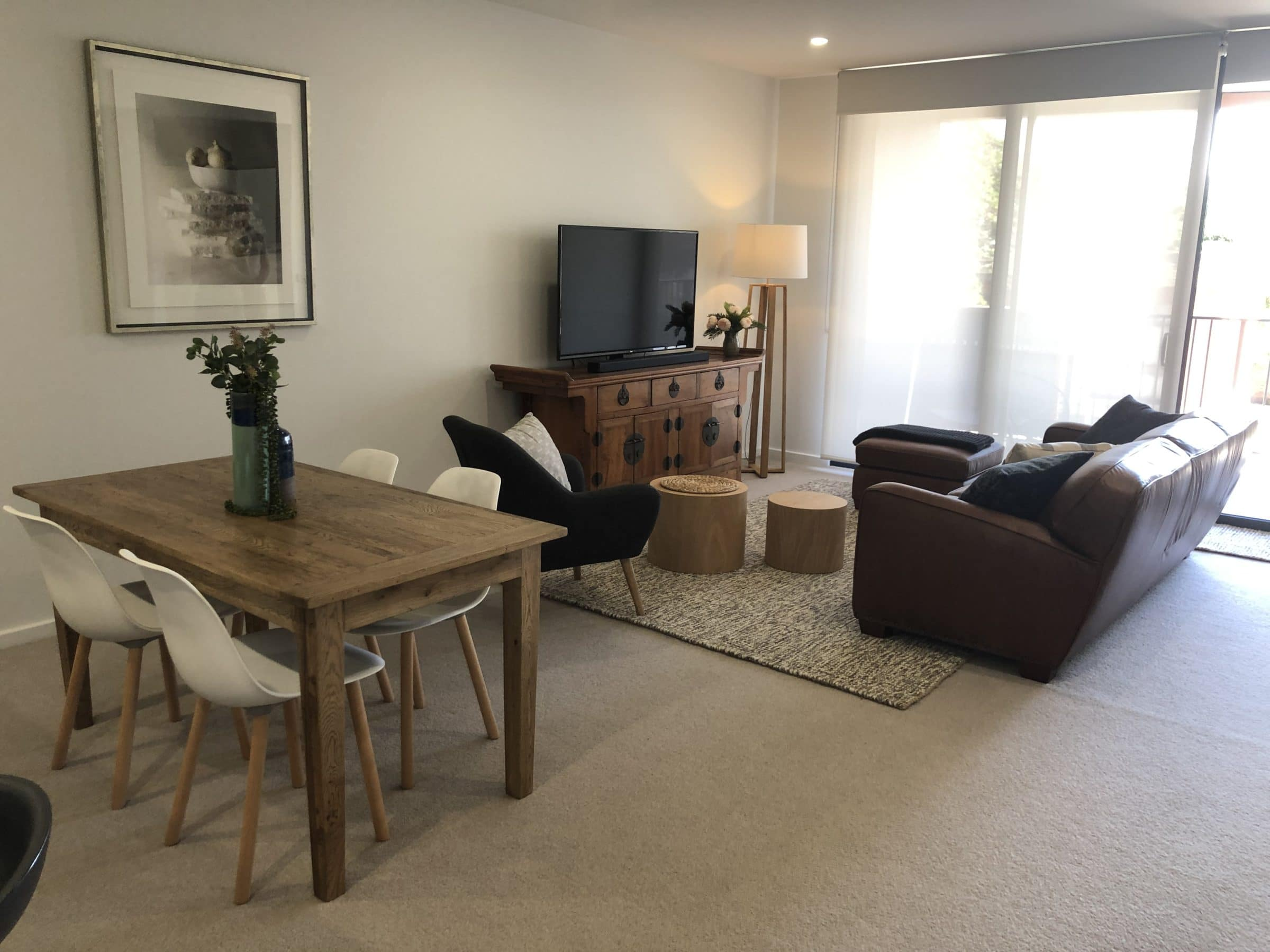 Herald Apartments - https://www.newcastleapartments.com.au/wp-content/uploads/2019/12/Living-scaled.jpg