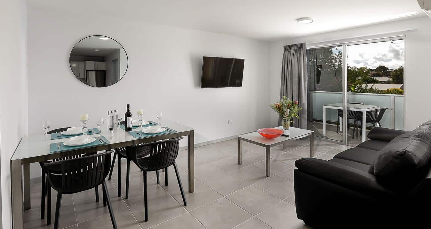 East Maitland Executive Apartments - https://www.newcastleapartments.com.au/wp-content/uploads/2020/01/living-dining.jpg