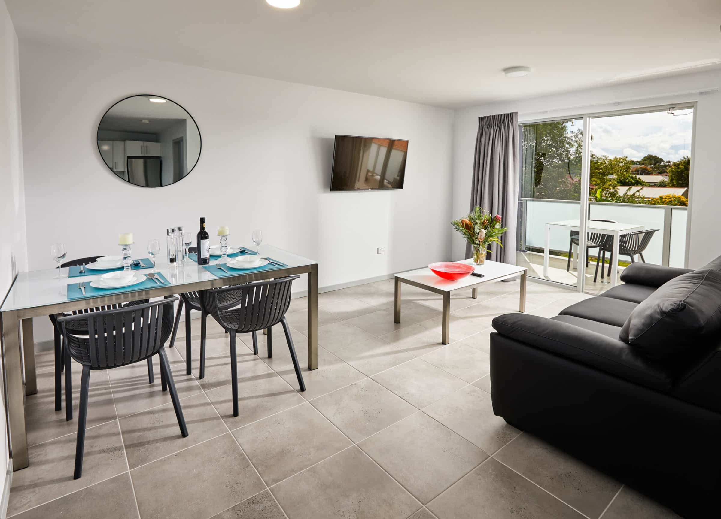 East Maitland Executive Apartments - https://www.newcastleapartments.com.au/wp-content/uploads/2020/03/room-scaled.jpg