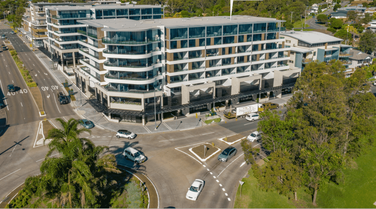 Water's Edge Warners Bay - https://www.newcastleapartments.com.au/wp-content/uploads/2020/10/waterfront-5.png